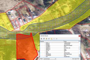 Parcels and River Corridor in QGIS